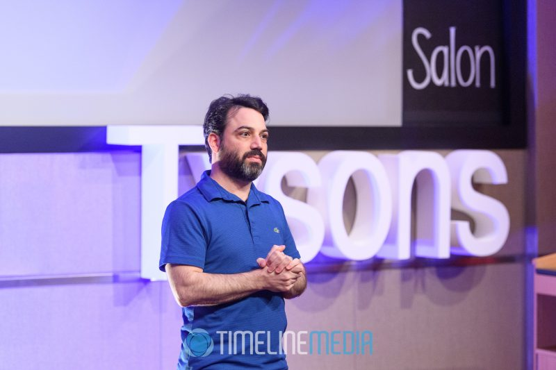 Evan Barba speaking at TEDxTysons ©TimeLine Media