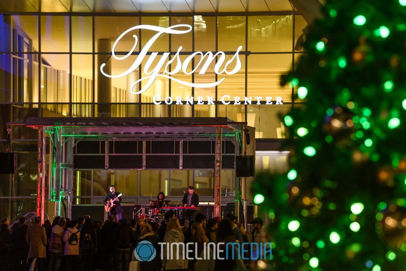Kris Allen 2019 performing at the Christmas Tree Lighting ceremony at Tysons Corner Center