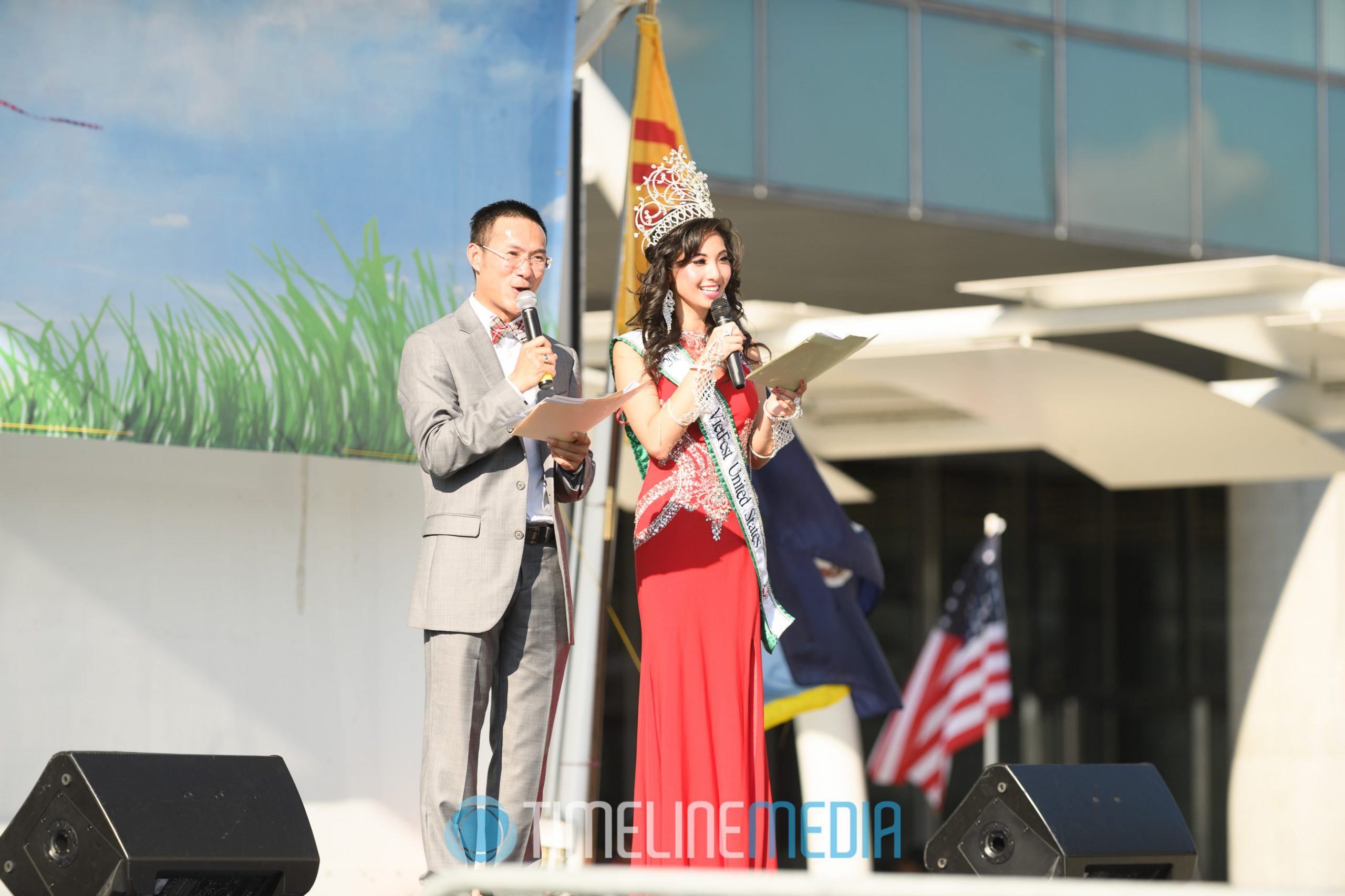 Ms. Vietfest emceeing a show at VietFest 2016 on the Plaza at Tysons Corner Center