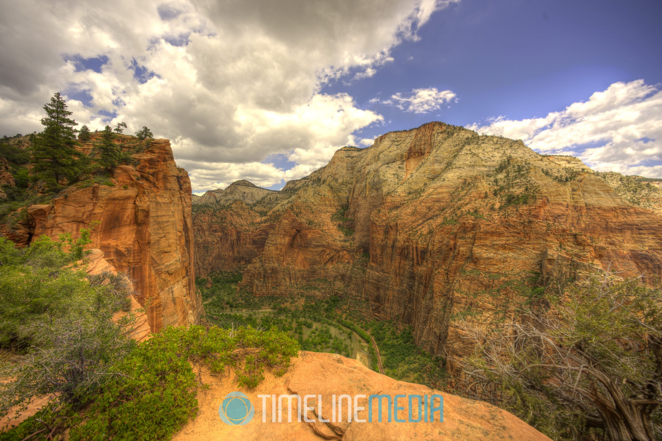 Looking into the valley from Angel's Landing ©TimeLine Media