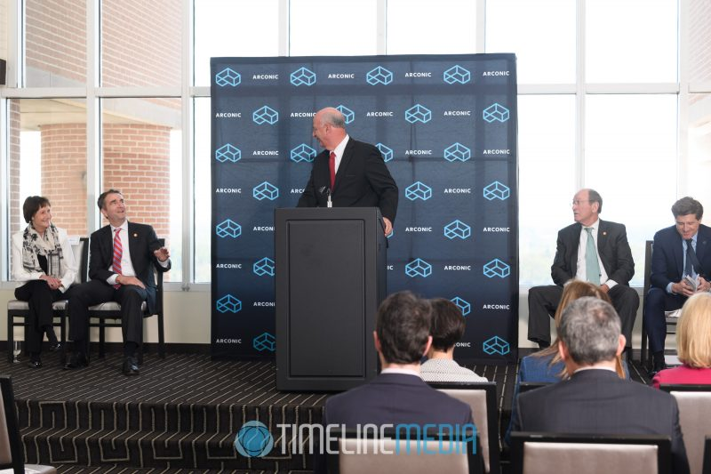Jerry Gordon introducing the VIPs at a panel in the Tysons Tower Club ©TimeLine Media Arconic Fairfax HQ