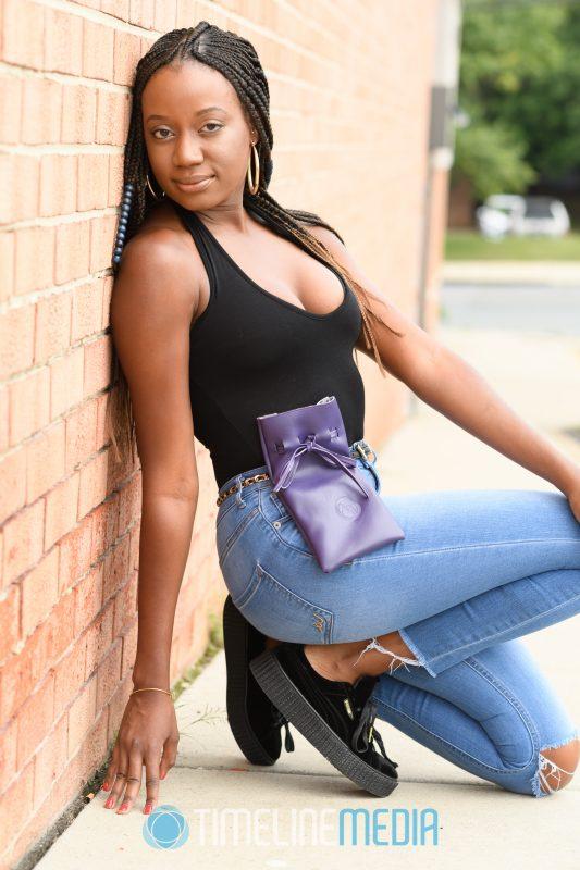 Purple hip bag from Aeren Waters ©TimeLine Media