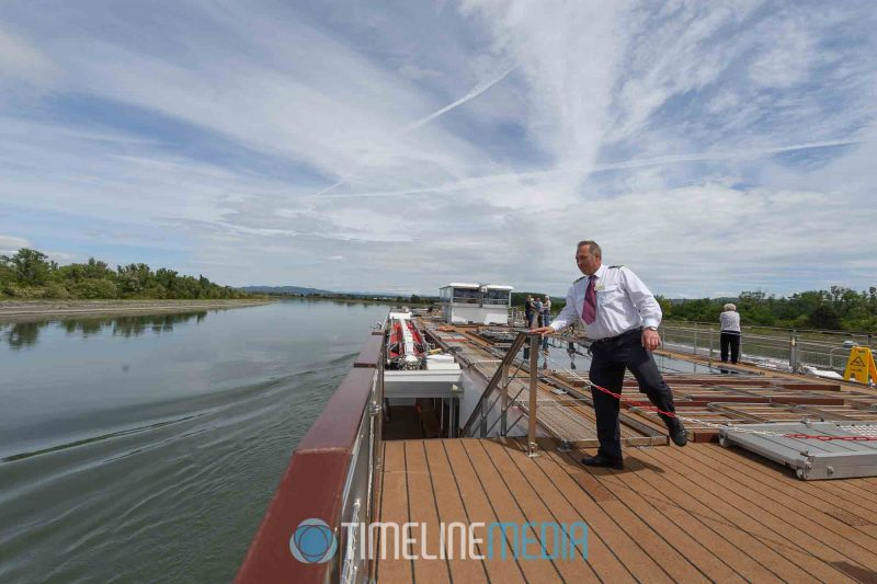 Crew preparing the top deck for low bridges on the Rhone River ©TimeLine Media